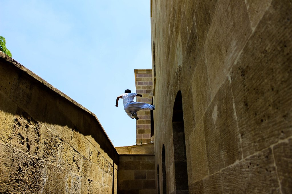 Parkour fever spreads in Egypt